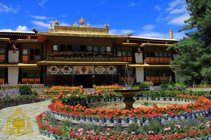 Norbulingka,Tibet-travel