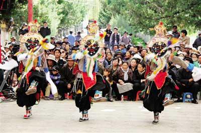 Tibetan bagong opera performance