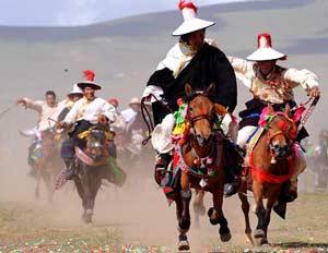 tibet-horse-racing-festival-300-232