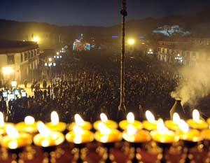 Tibet Tsong Khapa Butter Lamp Festival