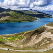 Top 10 Highlight Tibet Landmarks-Yamdrok Lake