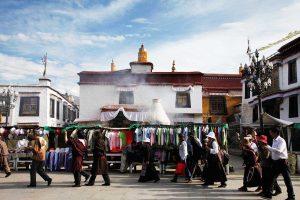 Tibetan Daily Life, Lingkuo Kora