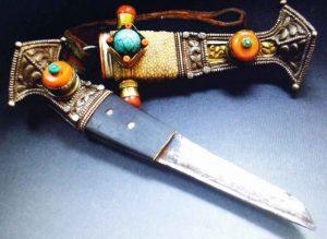 Tibetan Knives, Tibetan Souvenirs