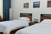 Darchen Himalaya Kailash Hotel twin-room Best hotel at Tarchen